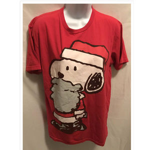 Size Medium Peanuts Snoopy T-Shirt